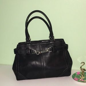 COACH Classic Handbag with Silver Hardware 👜